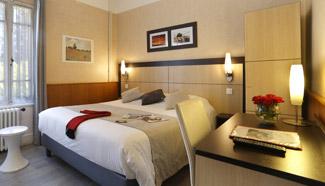 hotel thonon les bains a l 39 ombre des marronniers chambres hotel. Black Bedroom Furniture Sets. Home Design Ideas